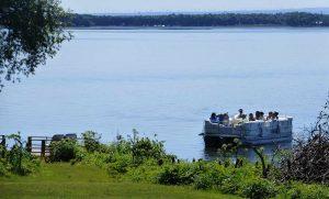 Pontoon boat arrives for meeting